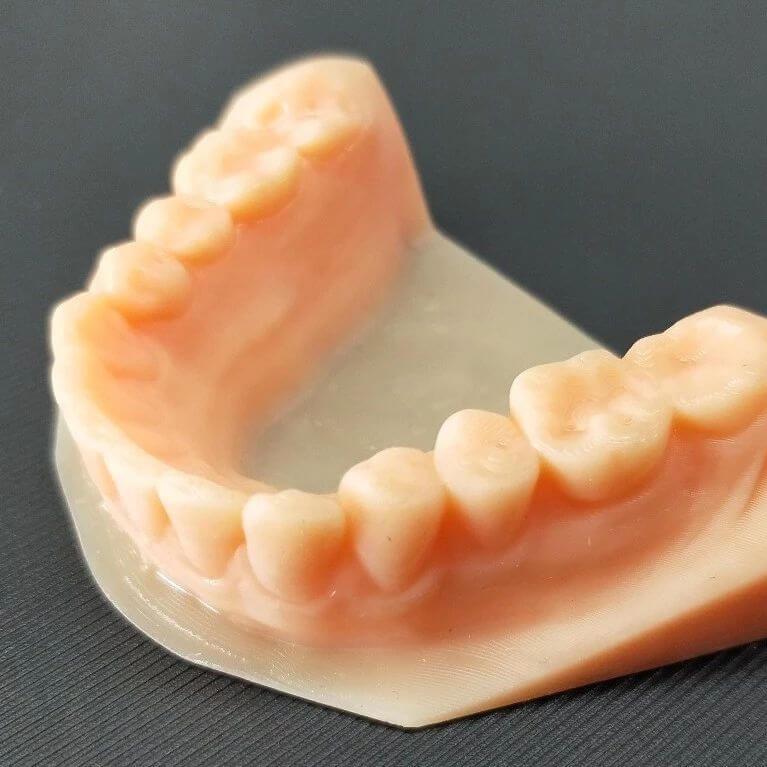 Muestras de impresión en Resina Dental. Impresora DS200