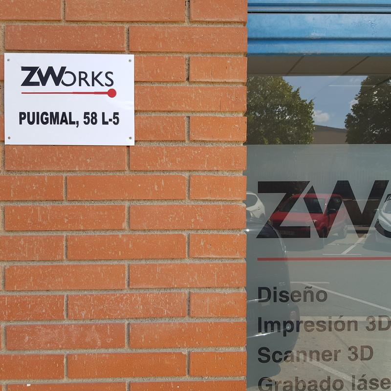 Detalle del local ZWORKS